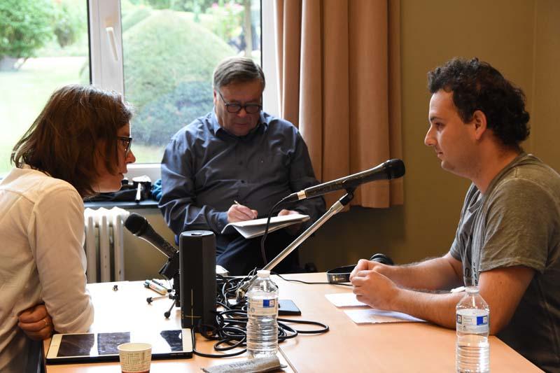 Animer un débat en radio et télé